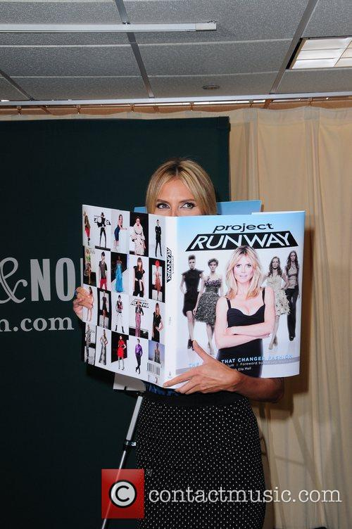 heidi klum promotes her new book project 5878666