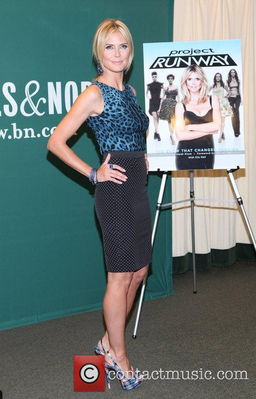 heidi klum promotes her new book project 5878184
