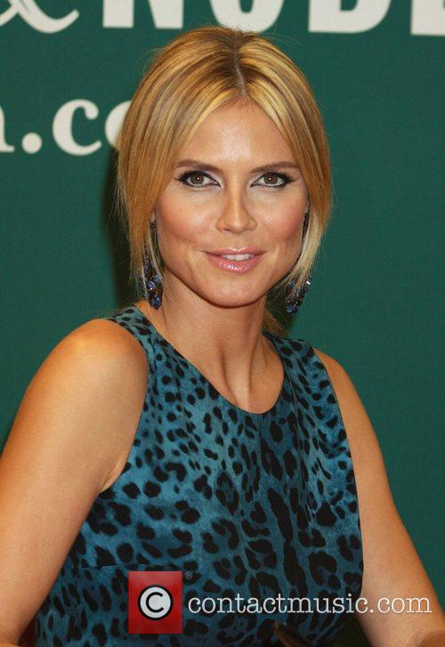 heidi klum promotes her new book project 3989344