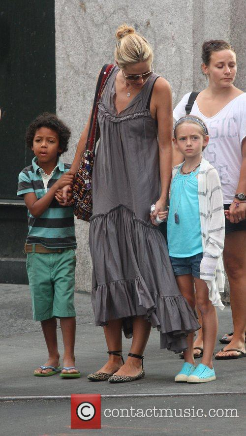 heidi klum seen out and about with 5877961