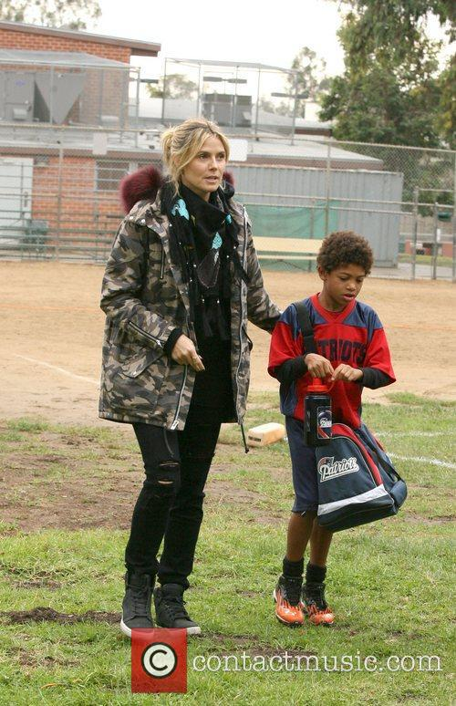 heidi klum and her son henry at 4179823