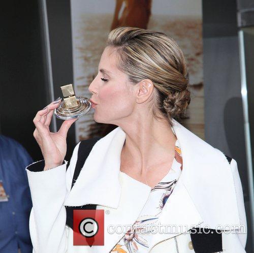 Heidi Klum and Times Square 24