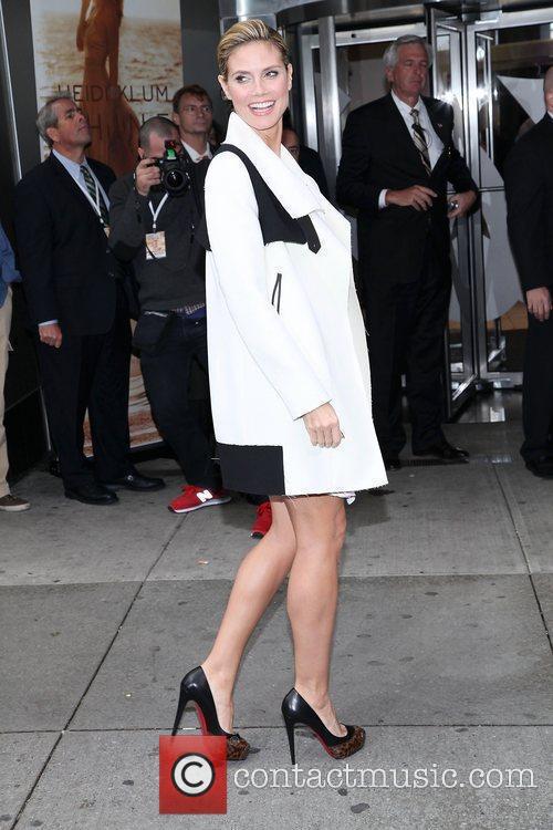 Heidi Klum and Times Square 26