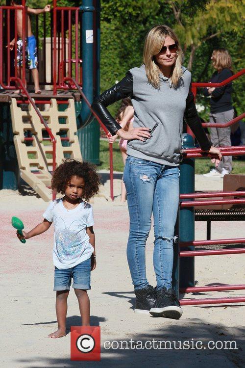 Heidi Klum with daughter Lou Sulola Samuel on...