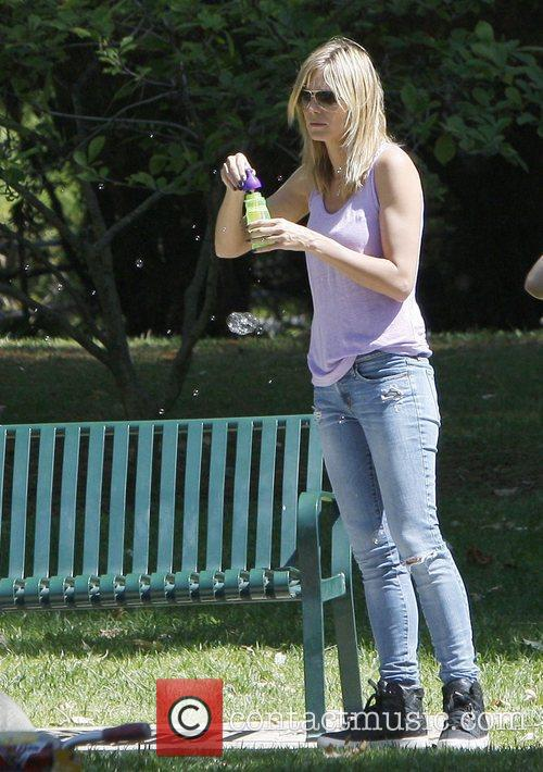 heidi klum on a family day out 3829592