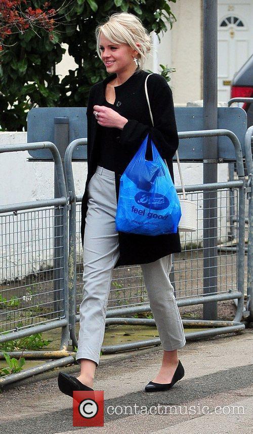 Arrives at Elstree Studios to film for 'Eastenders'