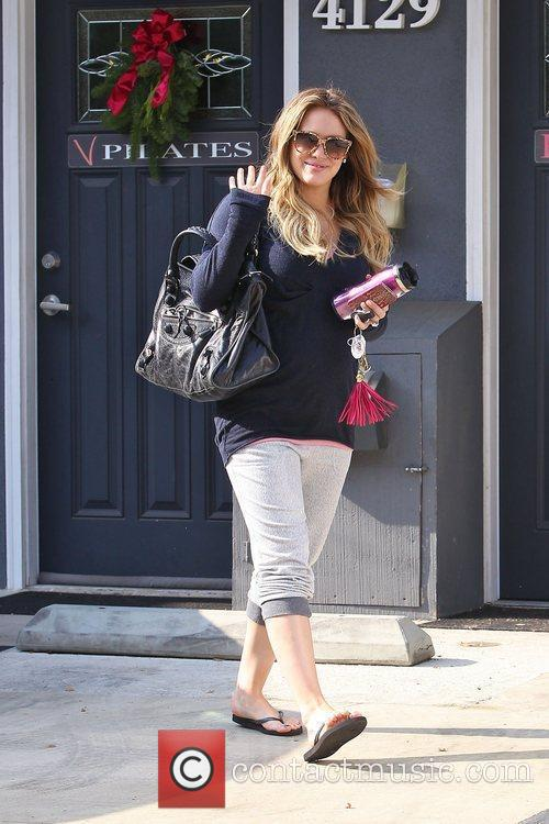 hilary duff seen leaving pilates in toulca 3658738