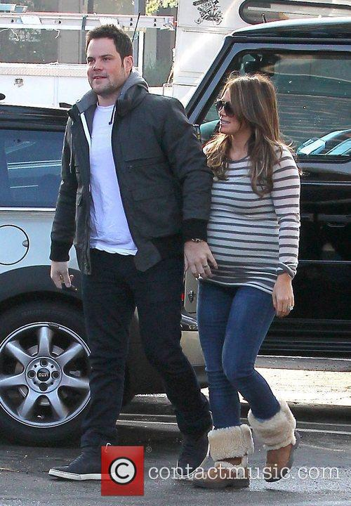 Hilary Duff and Mike Comrie 8