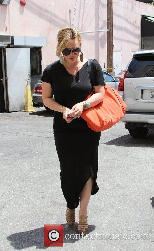 hilary duff seen shopping in west hollywood 5876747