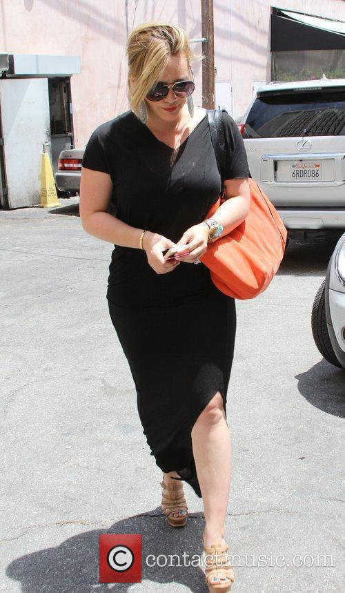 hilary duff seen shopping in west hollywood 5876749