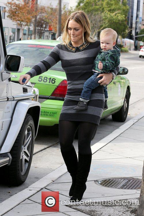 Hilary Duff and Luca Cruz Comrie 8