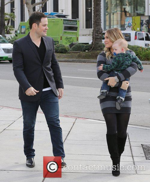 Mike Comrie, Hilary Duff and Luca Cruz Comrie 7