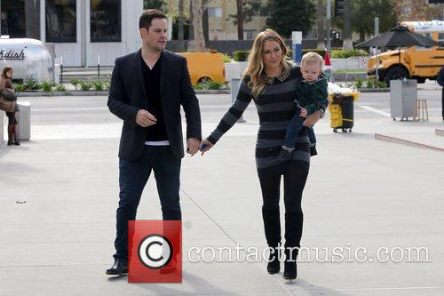 Mike Comrie, Hilary Duff and Luca Cruz Comrie 17