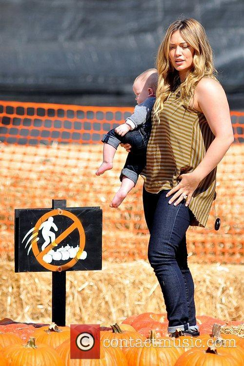 Hilary Duff and Luca Cruz Comrie 3