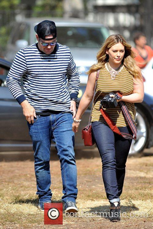 Mike Comrie and Hilary Duff 6