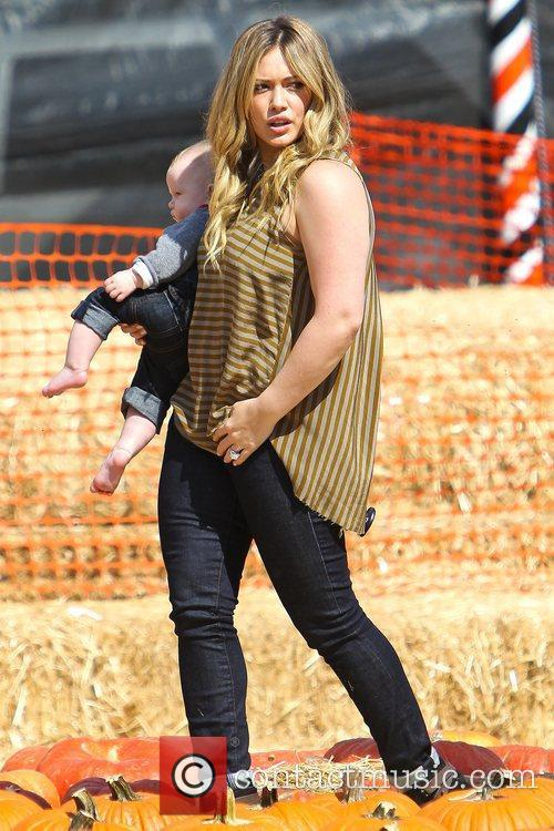 Hilary Duff and Luca Cruz Comrie 7