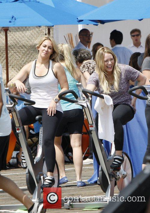 Haylie Duff and Hilary Duff 3