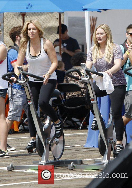 Haylie Duff and Hilary Duff 5