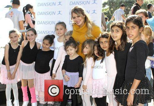 hilary duff hosts danskins goodwill campaign move 5768270