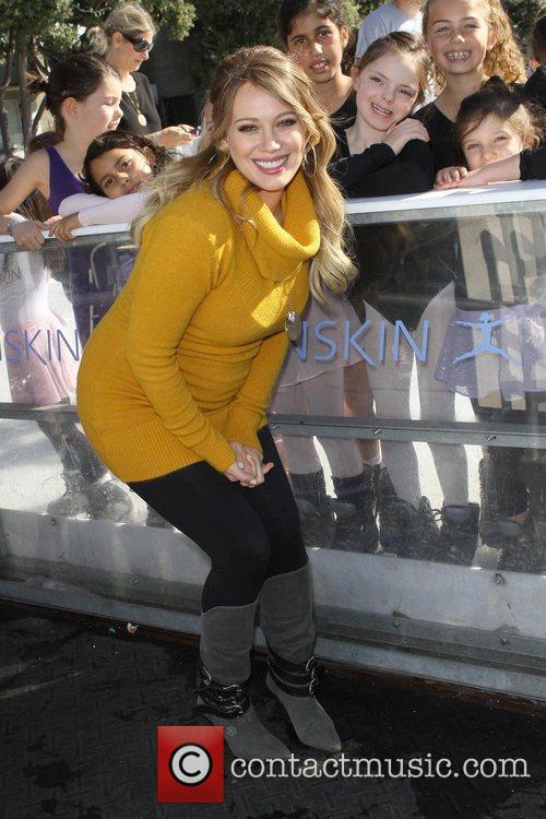 hilary duff hosts danskins goodwill campaign move 5768283