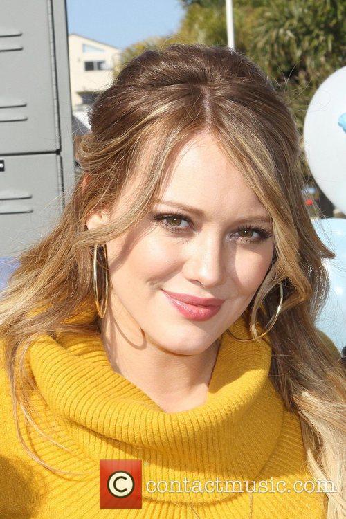 Hilary Duff 27