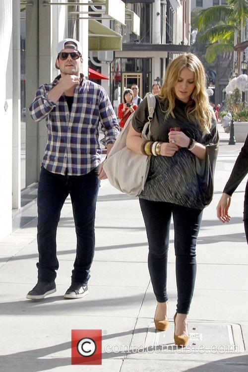 Mike Comrie and Hilary Duff 1