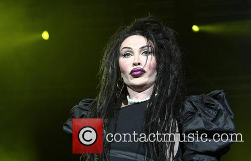 Pete Burns, Dead and Alive 15