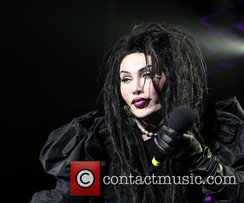 Pete Burns, Dead and Alive 11