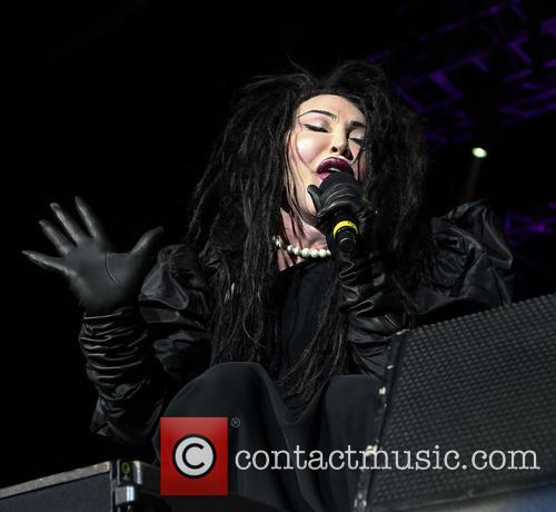 Pete Burns, Dead and Alive 3