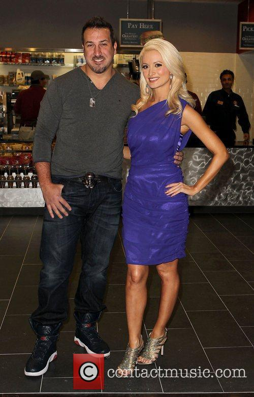 Joey Fatone and Holly Madison 6