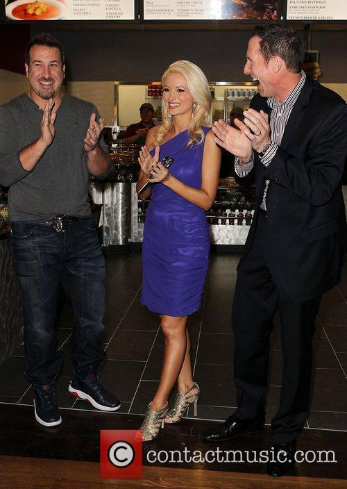 Joey Fatone and Holly Madison 10