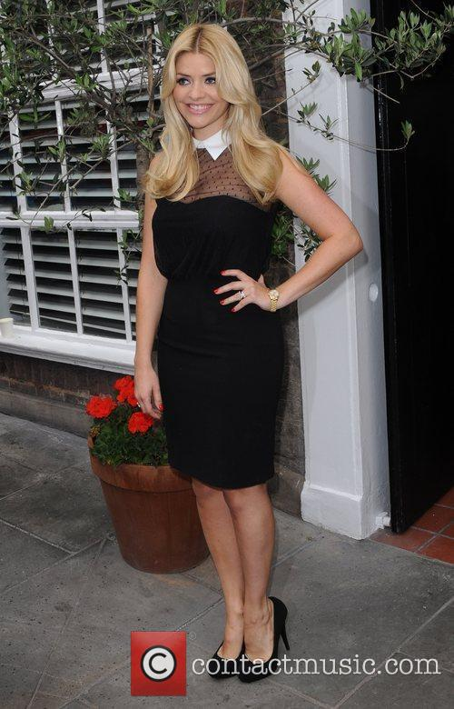 Holly Willoughby 18
