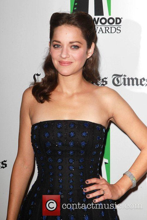 Marion Cotillard and Beverly Hilton Hotel 3