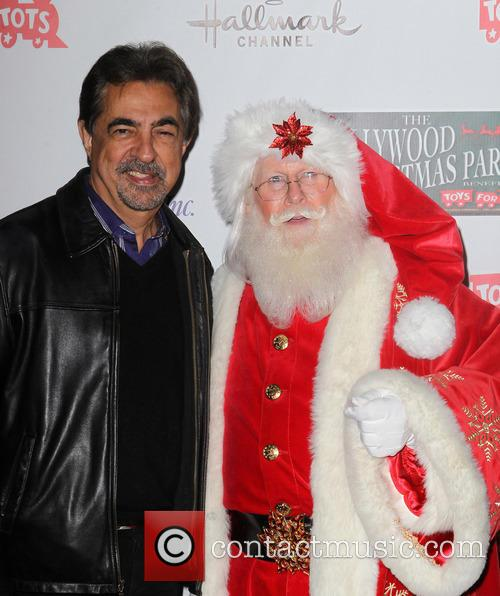 Hollywood Christmas Parade Benefiting, Marine Toys For Tots, Arrivals