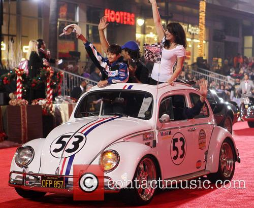 Hollywood Christmas Parade Benefiting, Marine Toys For Tots and Show 39
