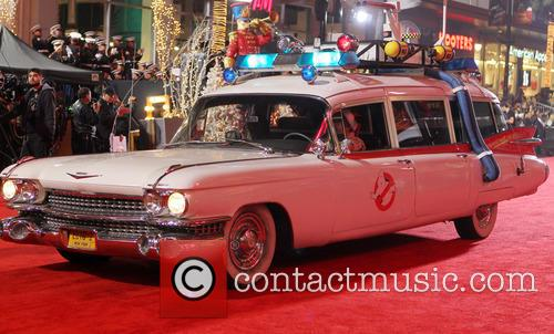2012 hollywood christmas parade benefiting marine toys 20008312
