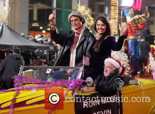 2012 hollywood christmas parade benefiting marine toys 20008333