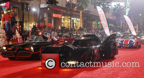 Hollywood Christmas Parade Benefiting, Marine Toys For Tots and Show 26