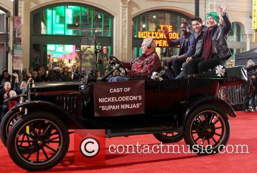 2012 hollywood christmas parade benefiting marine toys 20008350