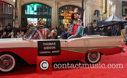 Hollywood Christmas Parade Benefiting, Marine Toys For Tots and Show 12