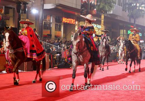 Hollywood Christmas Parade Benefiting, Marine Toys For Tots and Show 24