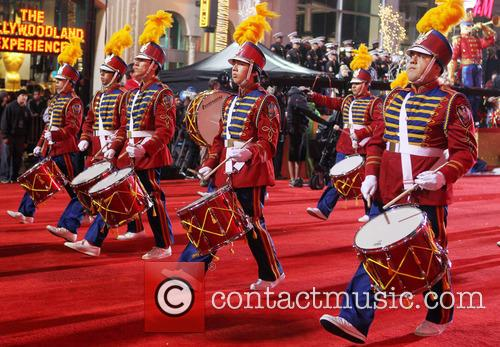 2012 hollywood christmas parade benefiting marine toys 20008370