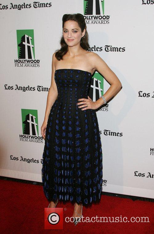 Marion Cotillard and Beverly Hilton Hotel 7