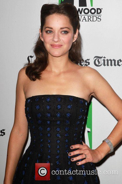 Marion Cotillard and Beverly Hilton Hotel 11