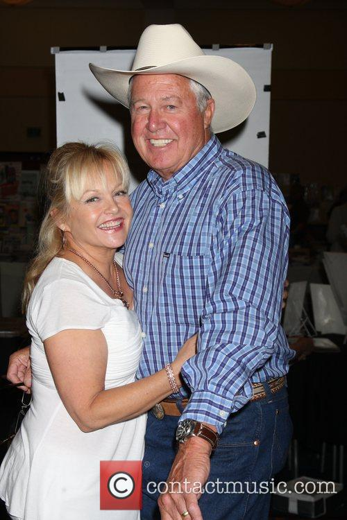 Charlene Tilton, Steve Kanaly at the 'Hollywood Show'...