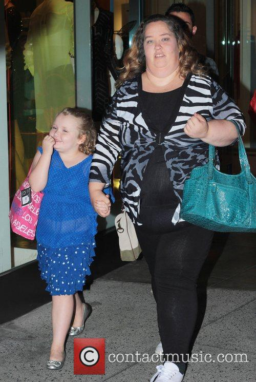 Here Comes Honey Boo, Boo, Alana Thompson and June Shannon 4