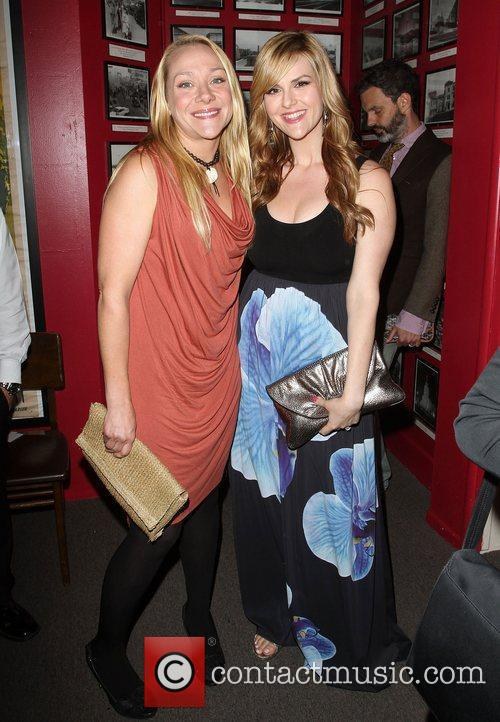 Nicole Sullivan and Sara Rue 5