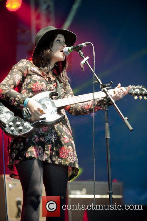 Howling Bells and Hop Farm