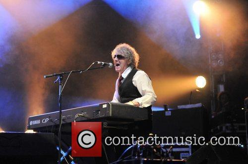 Ian Hunter and Hop Farm 3