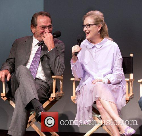 Tommy Lee Jones and Meryl Streep 7